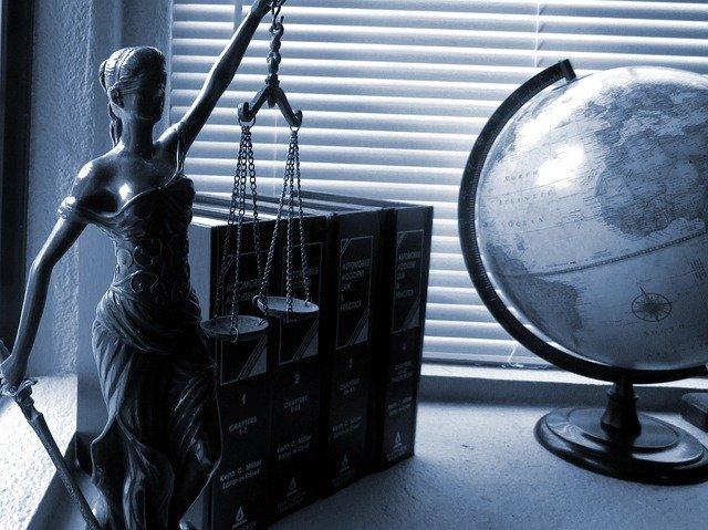 Preceptos jurídicos