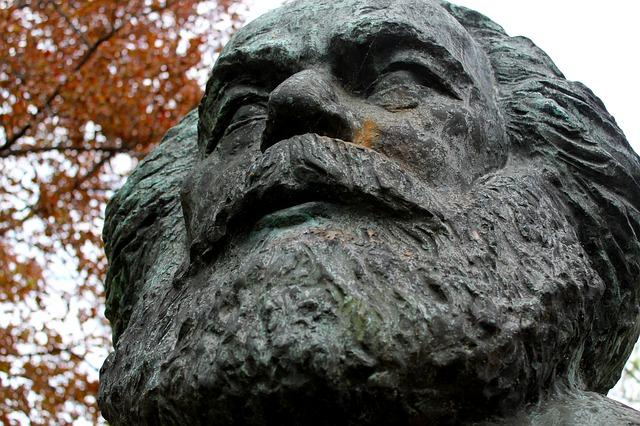 Ideólogo Marx