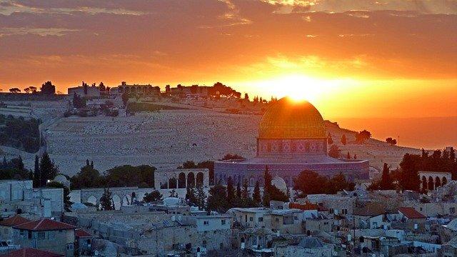 Anticlericalismo Jerusalén