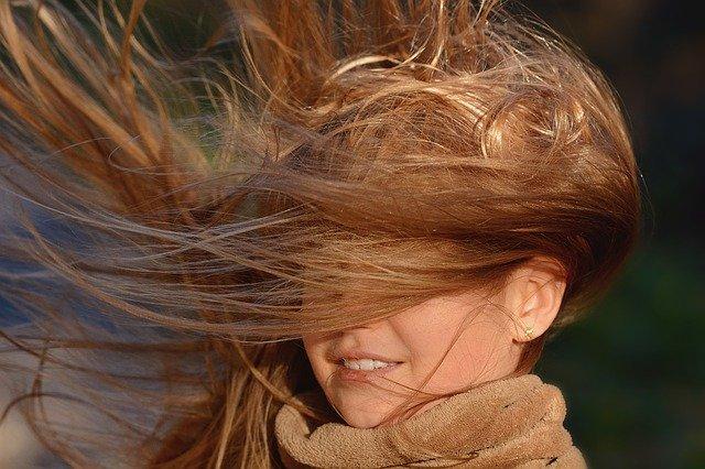 Esperpento cabello